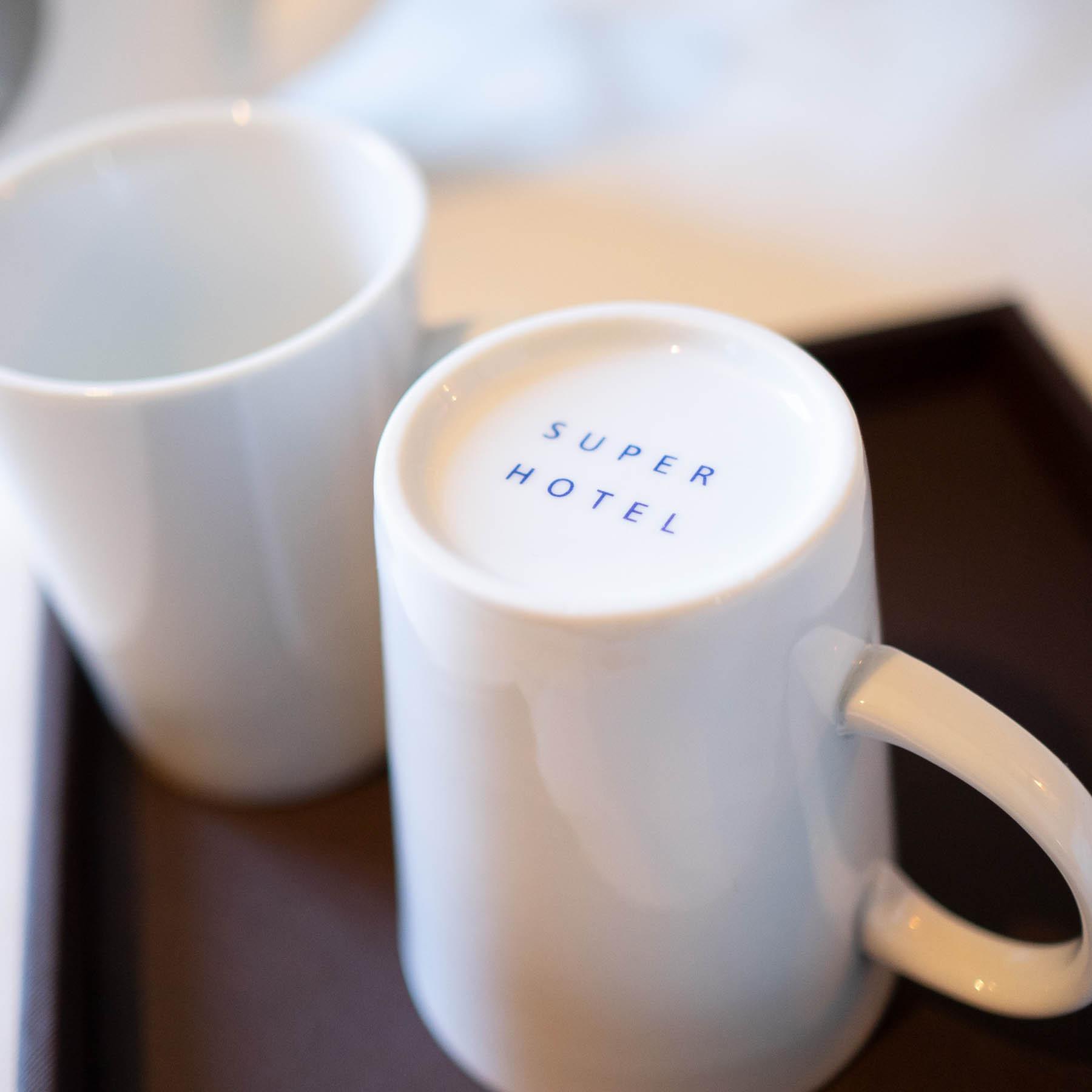 お茶もマグカップをご利用ください!