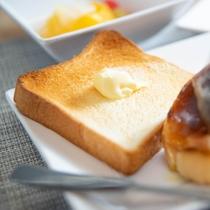 トースターのご用意もございますので、焼き立てトーストをぜひお召し上がりください!!