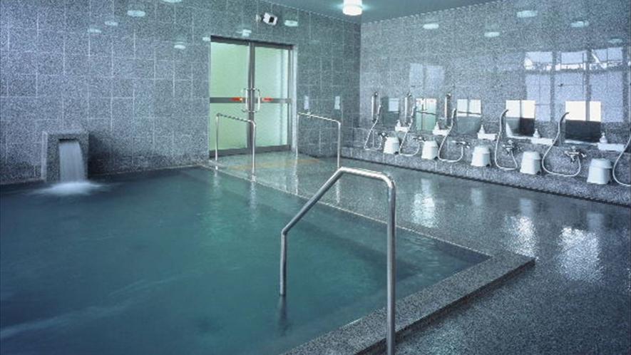 広々とした湯船に浸かれるのが嬉しい♪大浴場