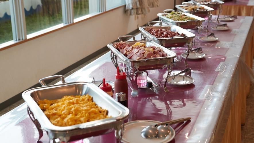 ご朝食一例/種類豊富なメニュー!和食派・洋食派の方もどちらもお愉しみいただけます!