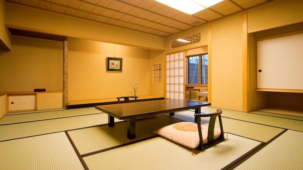 趣の異なる数寄屋造りの客室[和室10畳〜12畳]