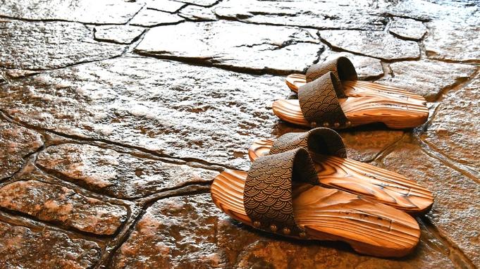【冬の味覚】黄色いタグがブランドの証!越前蟹を2人に1杯付き「越前地ガニ懐石膳」