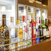 多数のアルコール・カクテルもご用しております。
