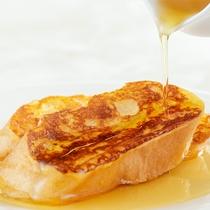 【朝食ブッフェ】シロップたっぷり、フレンチトースト◎