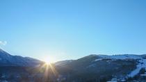 *蓼科山と朝陽