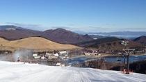 *まるで白樺湖へ向かって滑り降りる様な感覚のアルペンコース
