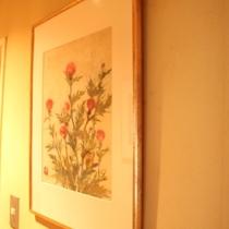 2階廊下 絵画