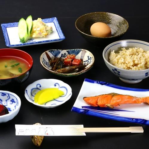 ★【朝食】和風のお料理です。