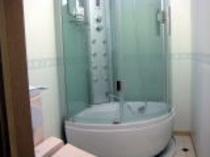 ツインルーム(シャワーとトイレ付)