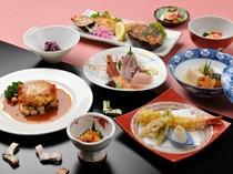 【ご夕食一例】海の幸・山の幸や高原野菜を仕様したオリジナルメニューが好評です