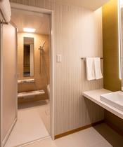 新館全客室・バス・トイレ・洗面所はセパレート!広々バスタブでゆったりと♪
