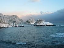 山陰海岸ジオパーク / 弁天島・四ツ島  / 雪景色