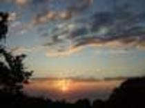 台風が通りすぎた次の日、すばらしい日の出が見れました。