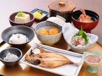 伊豆の旬の食材を使用したヘルシーな御朝食(和食)です、今日も一日お元気で
