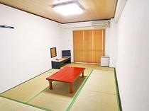 【喫煙 和室(定員2名様)】1~2名様向けのお部屋です。