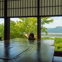 【お食事処・ふるさと】阿蘇外輪山の素晴らしい景観を楽しむことができます