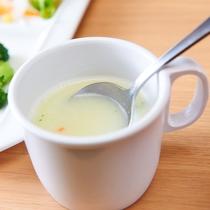 朝には定番、コーンスープ♪