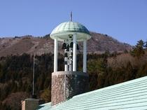 屋根の上のカリヨン