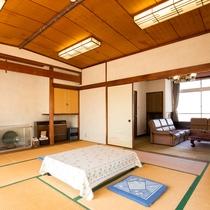 *【客室一例:蘭】12畳和室+洋室8畳の和洋室タイプのお部屋です。