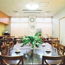 食堂-テーブル