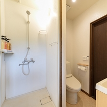 【特別室】シャワー室