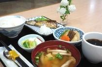 【朝食:和食】全て心を込めて手作りしております♪しっかり食べていってらっしゃいませ!