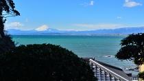 *【風景】当館食事処からの富士山