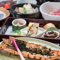 *【夕食一例(亀コース)】江の島の誇る海の王様「海老の磯辺焼」が付いた海鮮会席です。