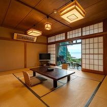 *【湘南海岸ビュー和室次の間付き】お部屋から、相模湾を一望することができます。