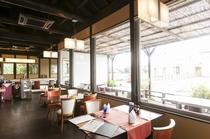 cafe&Restaurant 椎の木 店内