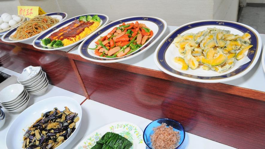 【朝食バイキング】充実のメニューをご用意しております ※当面の間、和定食でのご案内となります