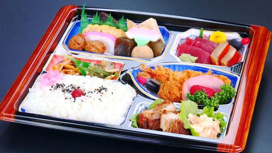 新鮮なお刺身と揚げ物、煮物が揃った大満足な仕出し弁当。1500円。