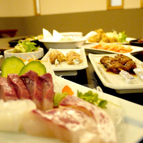 【レストラン豊蘭】定食から居酒屋風の一品料理まで様々なメニューを揃えております♪