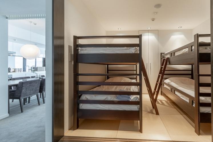 アパートメント 2段式ベッド付