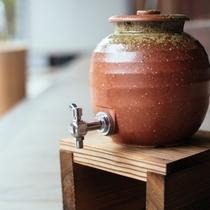 陶器のサーバー