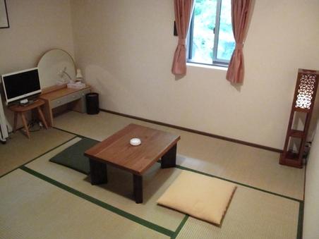ペットと泊まるモダンで可愛い癒しの和室(バス・トイレ付)