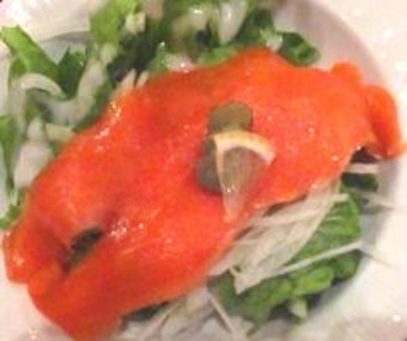 ノルウェーサーモンのサラダ