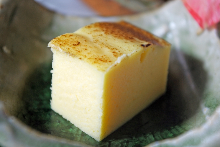 葉月:玉子のチーズ寄せ
