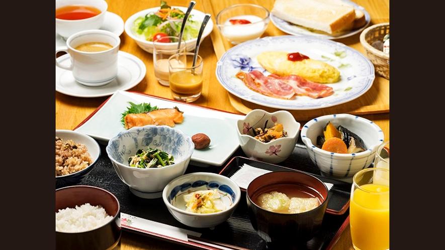 【朝食】和食・洋食から選べる朝食。和食は玄米・白米を、洋食は卵料理とハムなどの付け合わせを選べます。