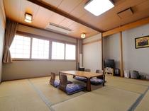 【和室(3~4名様)一例】落ち着いた畳のお部屋で足を伸ばしておくつろぎください。