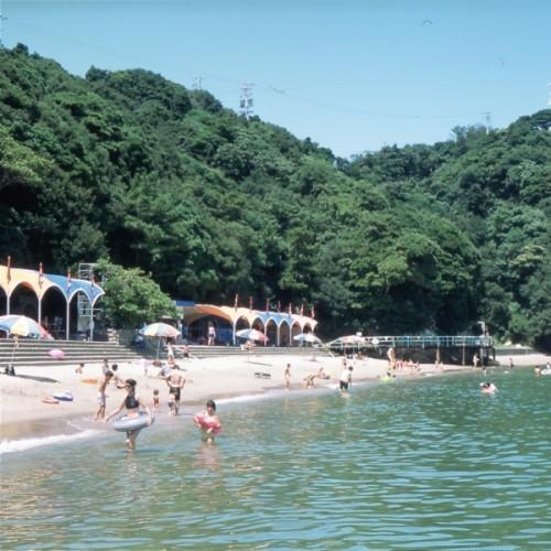 イルカ島海水浴場