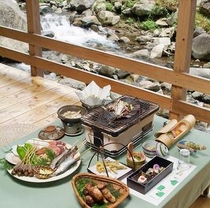 川床料理(川)