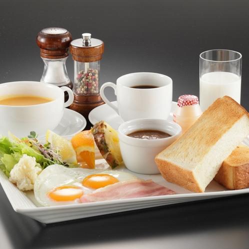 【朝食】モーニングセット 約3センチの厚切りトーストはモッチリ食感♪コーンスープとカレーもおすすめ