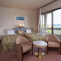【スタンダード和洋室】ベッドが2台と和室が6畳の広々としたお部屋♪喫煙可能なお部屋です。