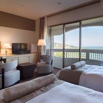 【スーペリア和洋室】ベッドはシモンズ製で落ち着いた雰囲気の中で快適にお休みいただけます。