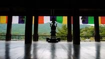 *【奈良・長谷寺の境内】荘厳な境内の中からのぞく、山々の景色。