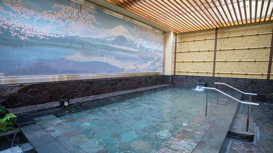 テルマー湯の露天風呂は中伊豆から天然温泉を毎日運搬しています。