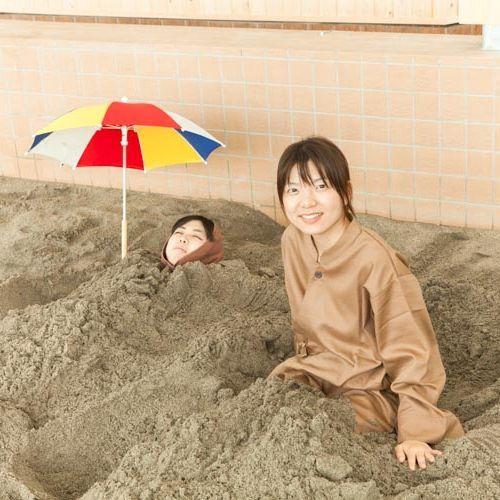 砂むし温泉 以前の浴衣から、作務衣(さむえ)スタイルに変わりました