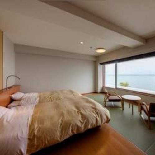 客室 海側 和洋室(セミダブル×2ベッド)