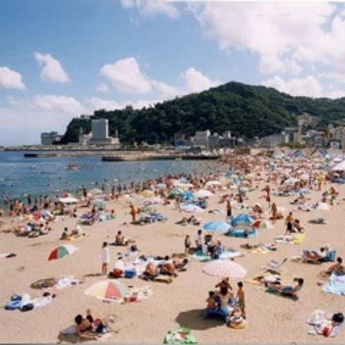 【夏】 熱海サンビーチでおもいっきり海水浴を楽しんで